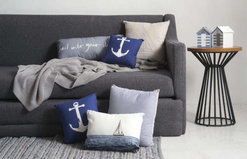 ss16 throw pillows
